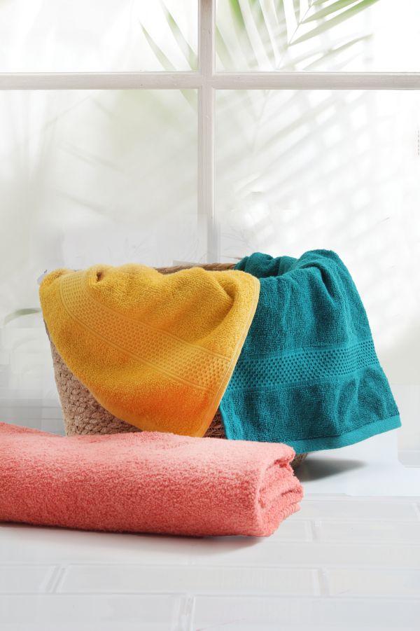 EVERYDAY BATH TOWEL