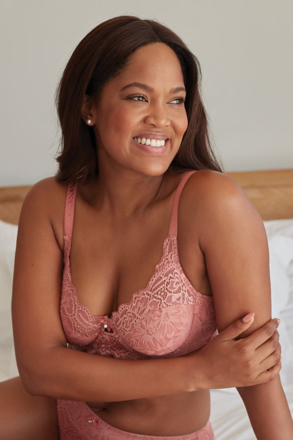2 PACK LACE BRAS - C CUP