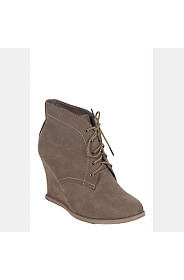 LACE UP BOOT WEDGE