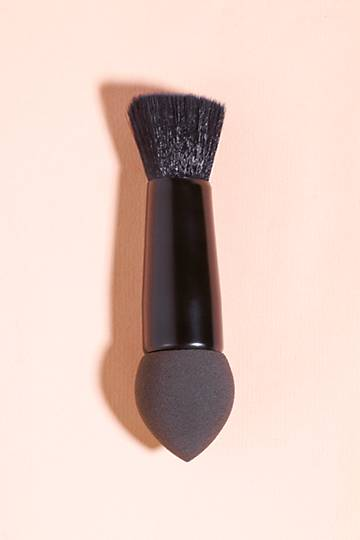 Beauty Blender And Brush