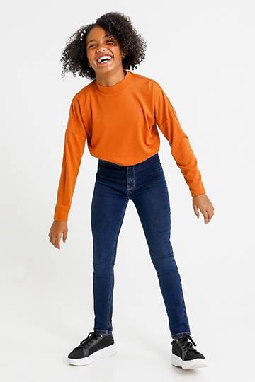 Hi Rise Skinny Fit Jeans