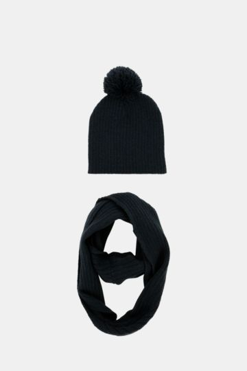 Beanie And Snood Set