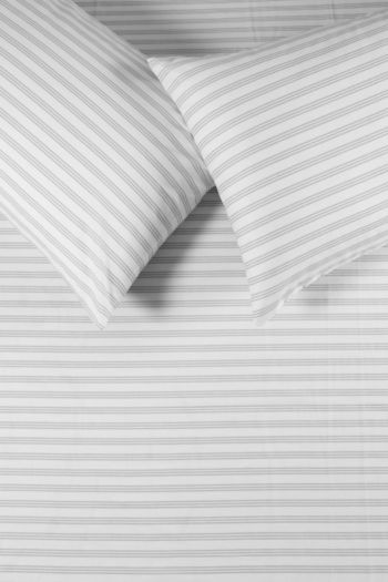132 Thread Count Classic Stripe Fitted Sheet