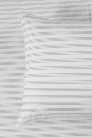 132 Thread Count Classic Stripe Standard Pillowcase