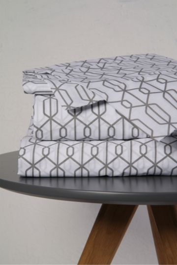 Geometric Printed Extra Depth Extra Length Fitted Sheet