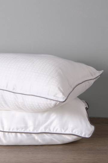 Feather Like Soft Touch Standard Pillow