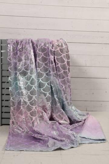 Plush Ombre Scallop Blanket, 150x180cm