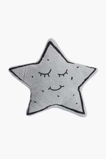 Knitted Star Shaped Cushion