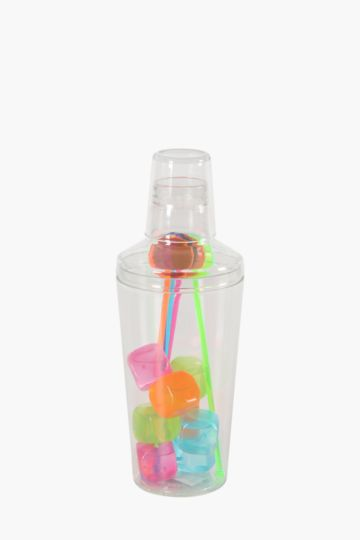 Plastic Shaker Set With Ice Cubes