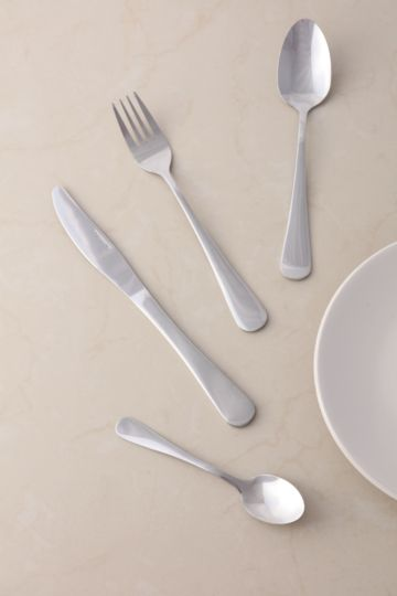 16 Piece Essential Cutlery Set