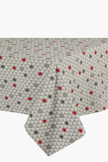 Hearty Love 180x270cm Tablecloth