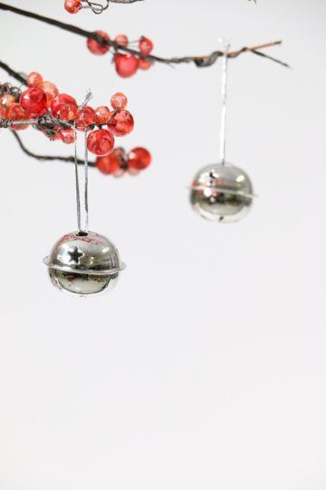 10 Hanging Bells