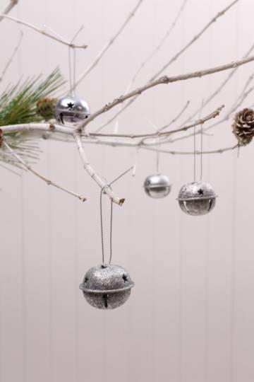 12 Hanging Bells