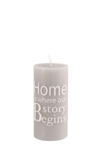 Embossed Script Pillar Candle, 7,5x14cm