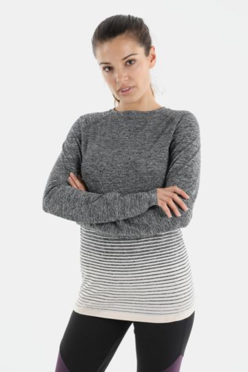 Seamless Knit Long Sleeve T-shirt