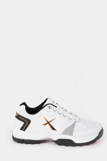 Blaze Youth's Cricket Shoe