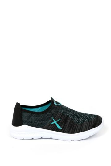 Knit Trainer