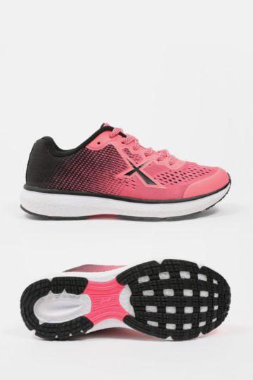 Pace Running Shoe